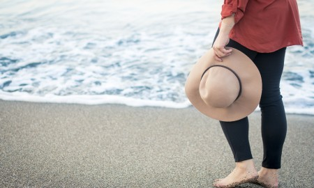 What to wear to the beach dress code